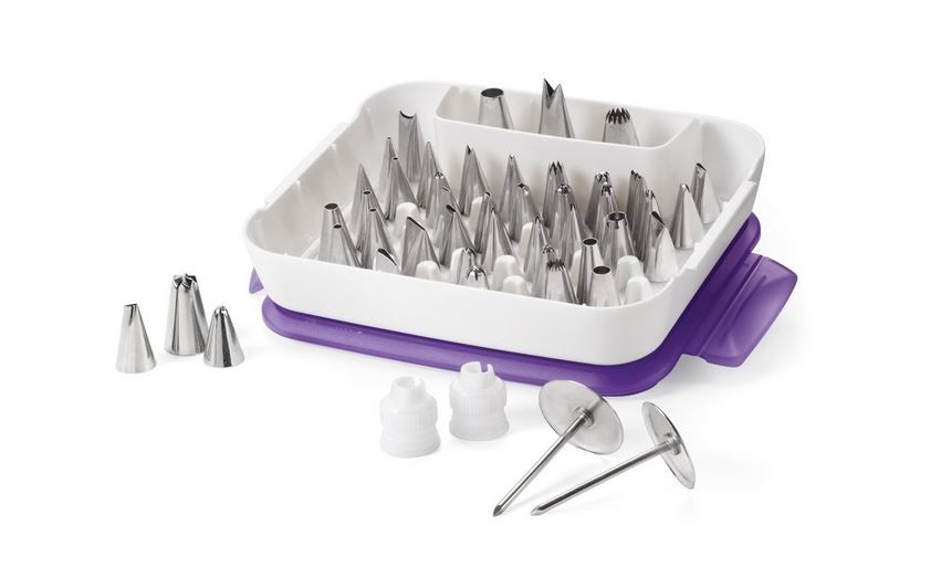 Wilton 59 piece Master Decorating Tip Set