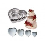 Wilton 4 Piece Heart Baking Tin Set